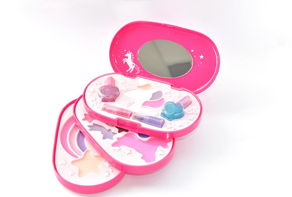 XOXO - Mon premier coffret de maquillage