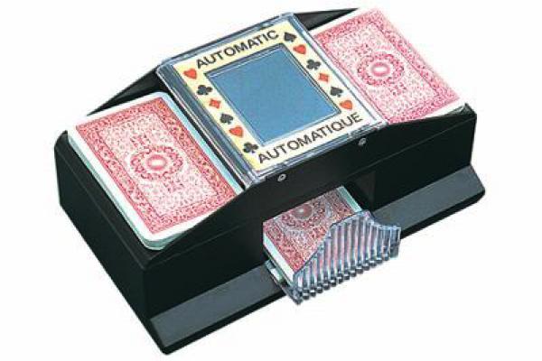 brasseur de cartes pour 2 jeux club jouet achat de jeux et jouets prix club. Black Bedroom Furniture Sets. Home Design Ideas