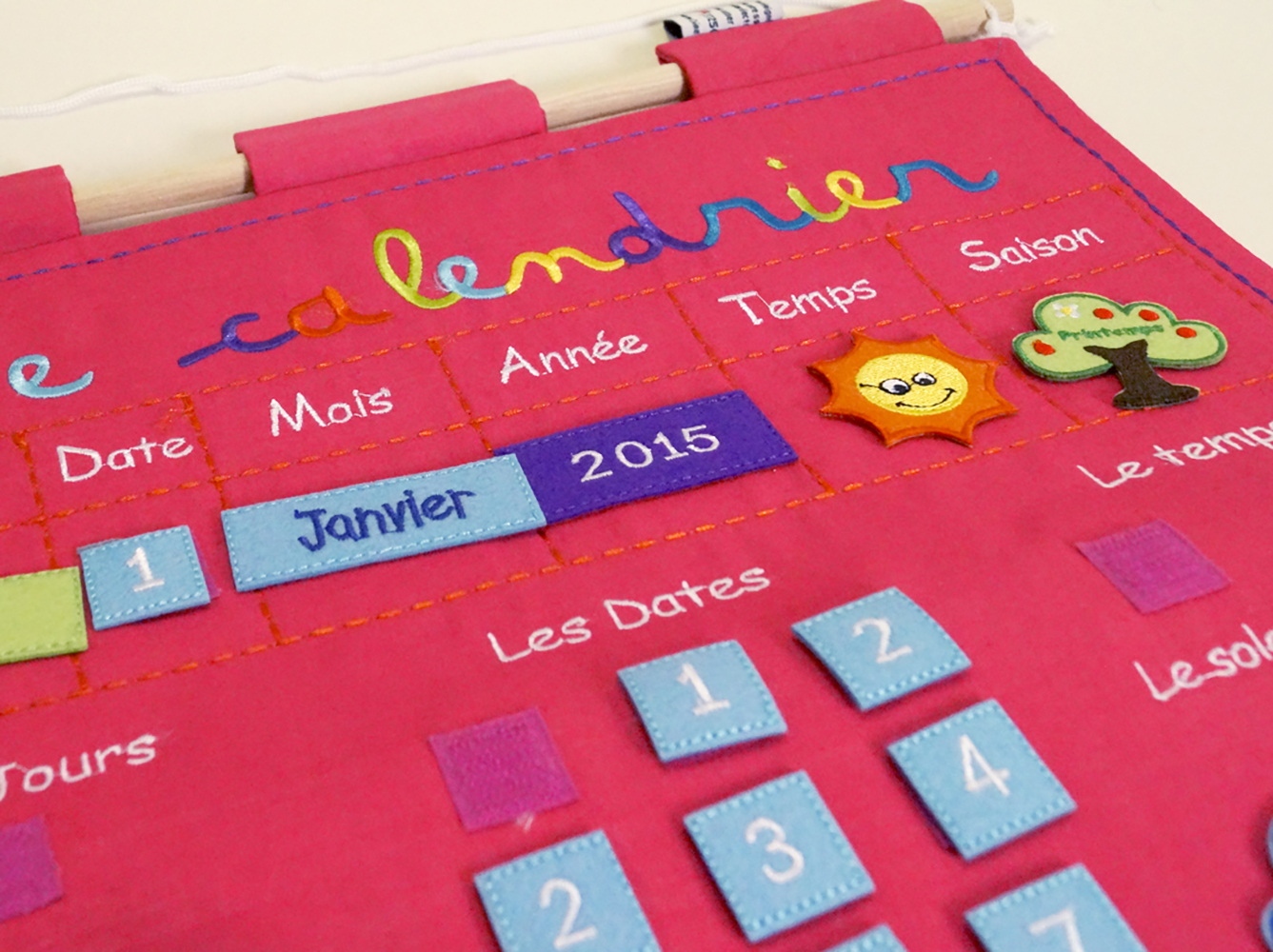 LUDI - Calendrier d'apprentissage rose Version française