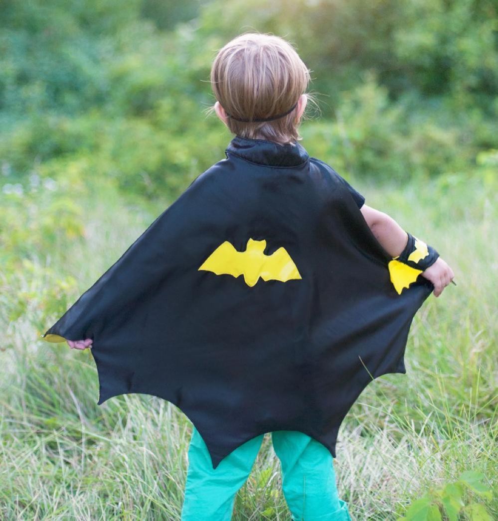 Cape de Batman noir et jaune