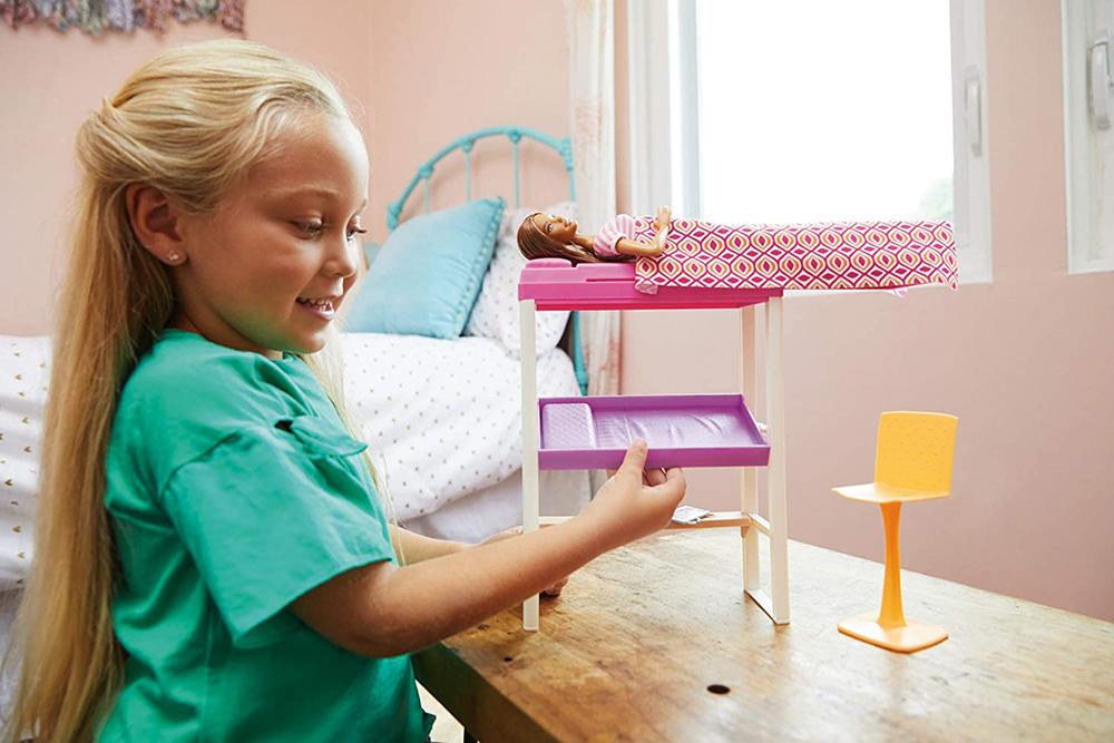 Barbie - Ensemble poupée et mobilier
