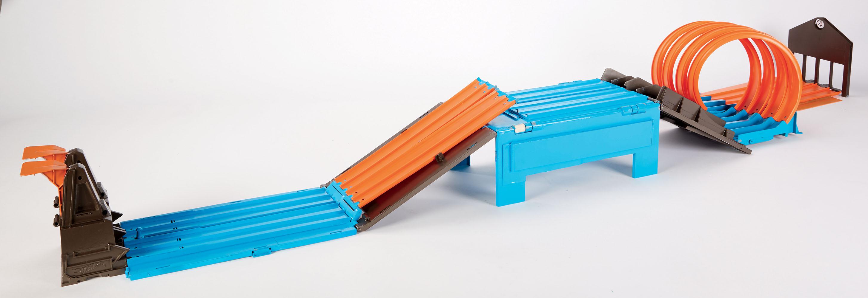 Hot Wheels-Ensemble de course avec caisse Track Builder