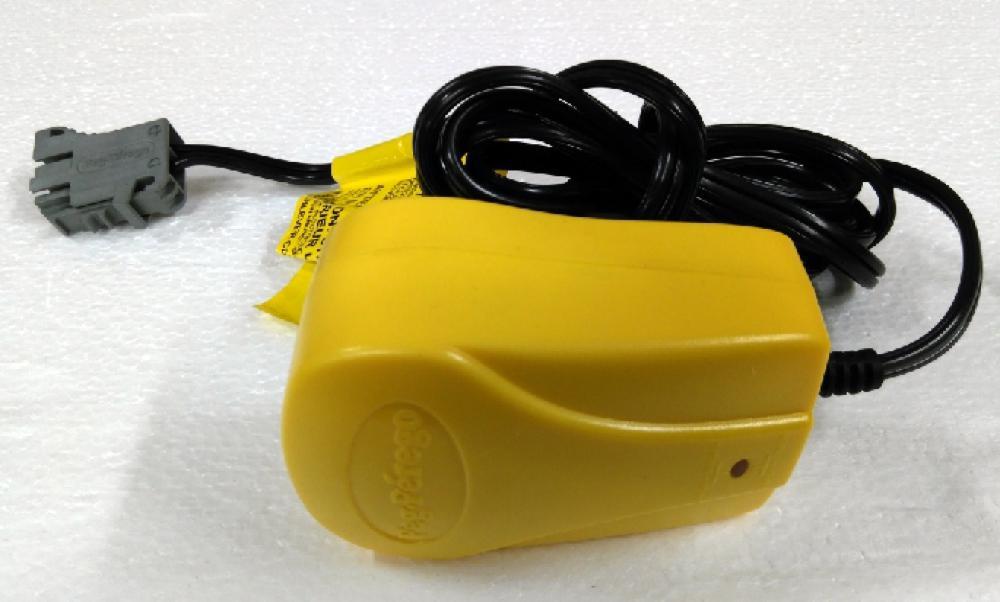 Peg-Pérego - Chargeur pour piles 24V