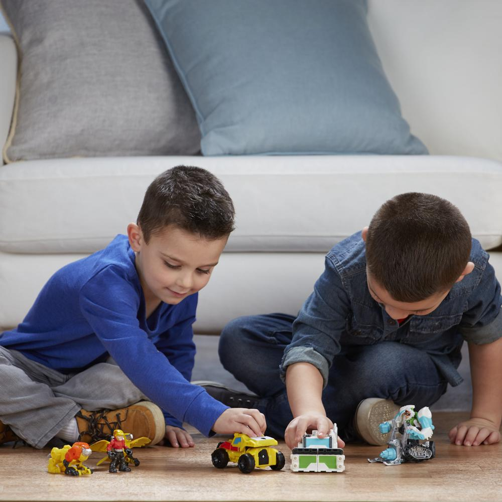 Playskool Transformers- rescue bots pack 4