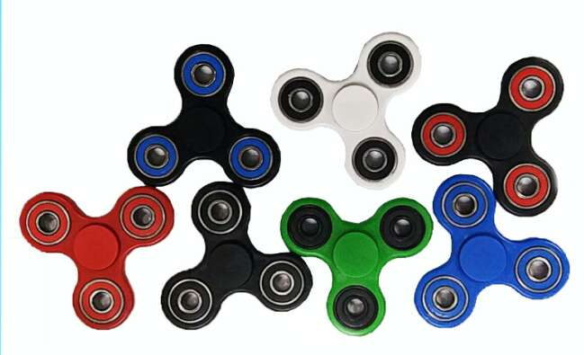 Fidget Spinner couleurs assorties