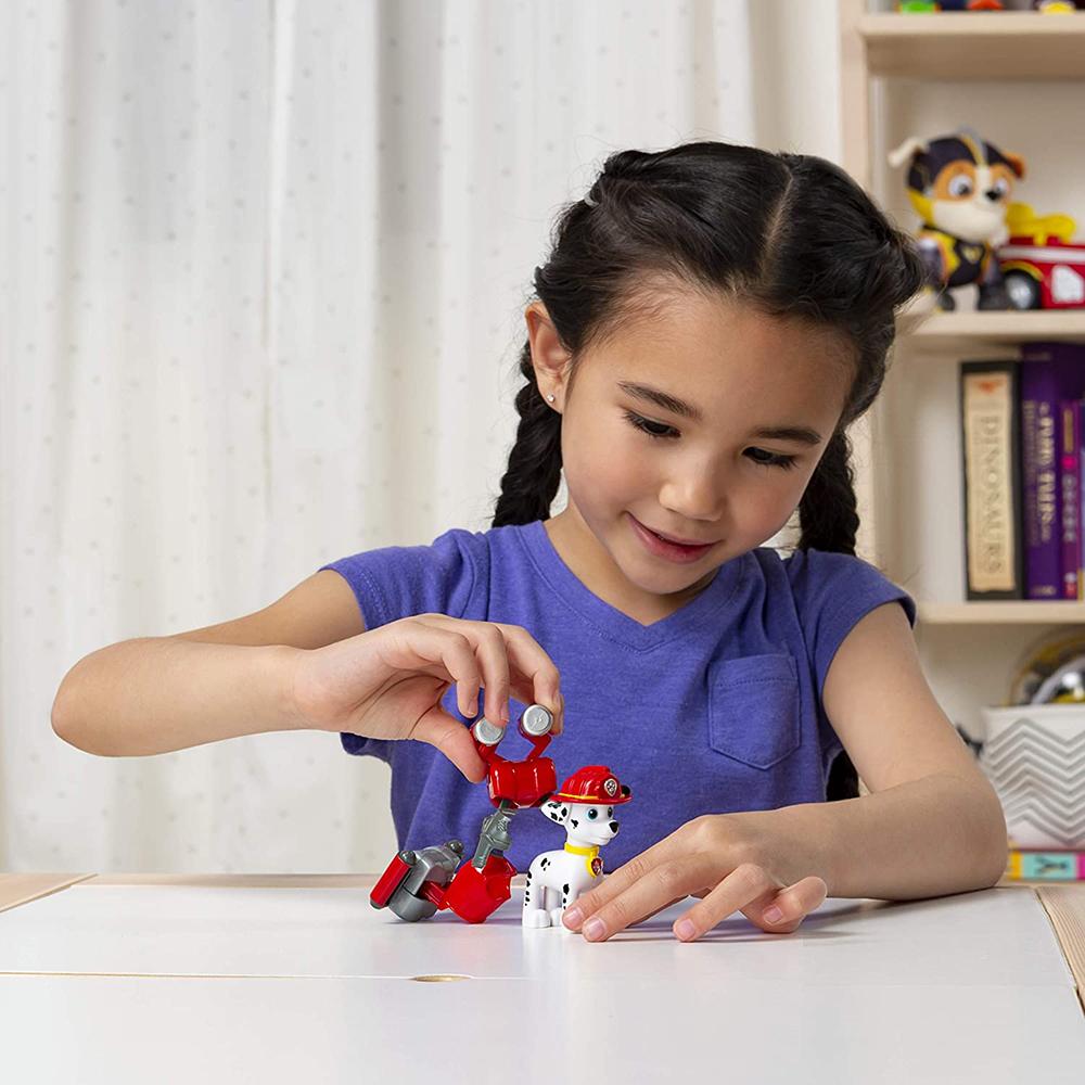Pat' Patrouille - Figurine et badge 5 modèles assortis